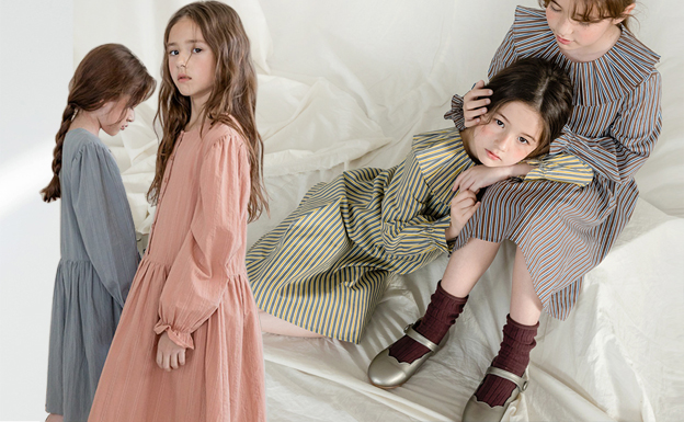 Hot Items -- 18/19 A/W Girl's Apparel in Korean Market