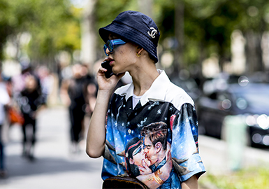 Street Chic -- 2018 S/S Men's Street Style