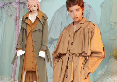 Trench Coat -- 18/19 A/W Item of Womenswear Designer Brand