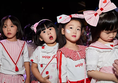 Creative Design -- 2019 S/S Kidswear at Shanghai Fashion Week