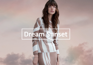 Dream Sunset -- The Solid Color Trend for Women's Knitwear