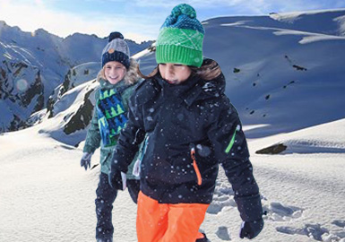 Adventurers in the Snow -- Thematic Design&Development for Kidswear