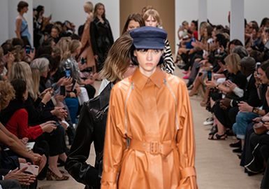 Delicacy and Utility- The Comprehensive Catwalk Analysis of Women's Leather