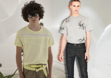 Slight Fashion Short T-shirts -- The Silhouette Trend for Men's Knitwear