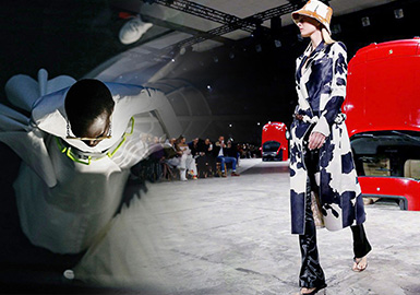 The Integration of Luxury with Sports -- The Catwalks Analysis of Off-White Womenswear