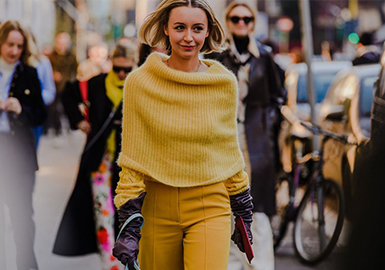 The Comprehensive Analysis of Street Snaps During Fashion Weeks (1)