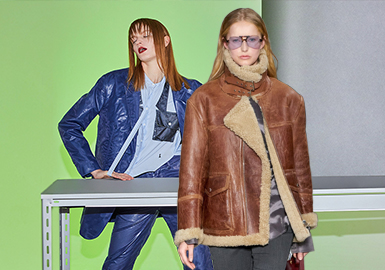 Style, Item and Fabric -- The Comprehensive Analysis of Women's Leather/ Fur Clothing on Catwalks