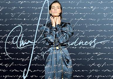 Hand-written Letters -- The Pattern Trend for Womenswear