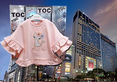 Sweet Look -- The Comprehensive Analysis of Girls' Sweatshirts in Korean Retail Markets