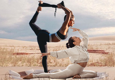 Release The Body -- The Silhouette Trend for Women's Yogawear