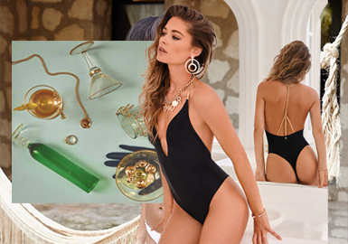 Complementary Accessories -- The Accessory Trend for Women's Swimwear