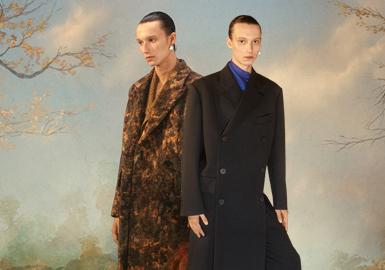 Gender-Neutral Portrait -- Wooyoungmi The Menswear Designer Brand