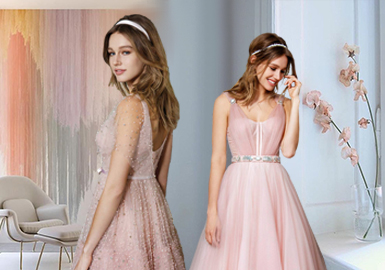 Special Companions -- The Silhouette Trend for Bridesmaid Dresses