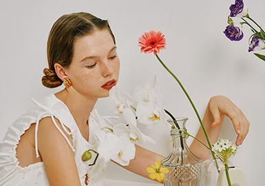 Petit Homesick -- Sans Nuages The Womenswear Designer Brand