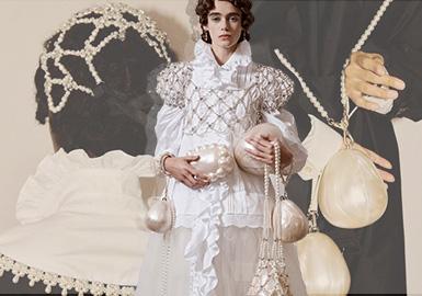 Girls in Oil Paintings -- The Catwalk Analysis of Simone Rocha Womenswear