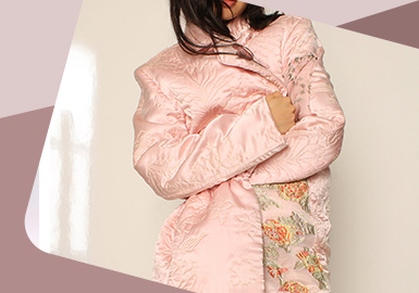 Delicate Surface Decoration -- The Detail Craft Trend for Women's Down Jacket