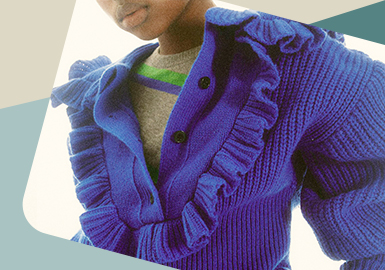 Diverse Sweet Combination -- The Detail Trend for Women's Knitwear