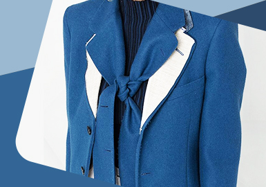 Collar Deformation -- The Detail Trend for Women's Collar