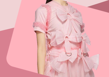 Bow Design -- The Detail Craft Trend for Womenswear